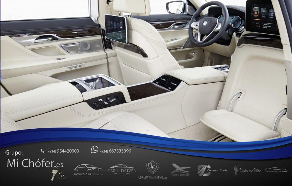 BMW con conductor